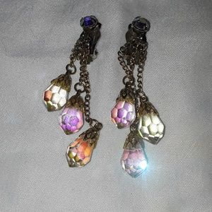 Vintage clip earrings with crystals.